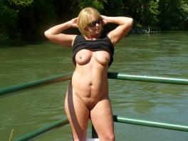 фото c женским интимным пирсингом