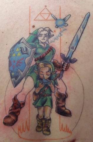 Многие детали татуировки уже закончены