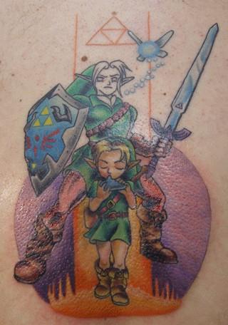 Раскраска татуировки продолжается